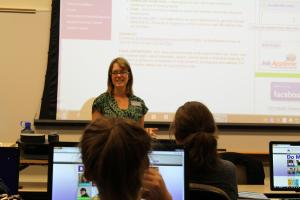 Lindsay Roberts teaching a research workshop at the Parker campus.